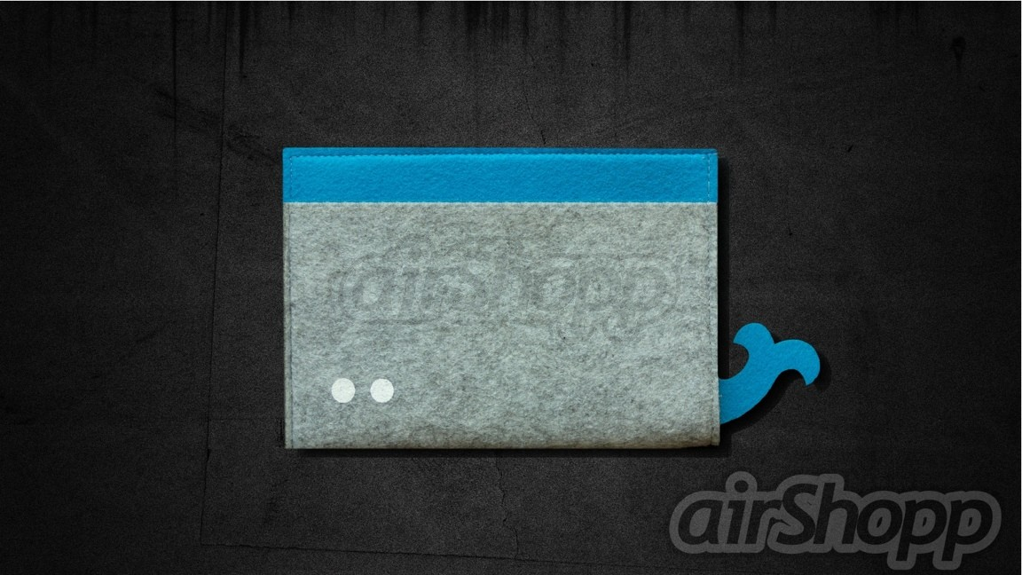 Whale Ribbon-Pull 11 inch Macbook Air Felt Sleeve